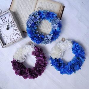 プリザーブドフラワーの紫陽花リース