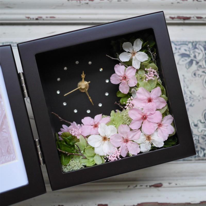 桜のプリザーブドフラワーの花時計