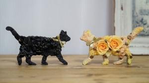プリザーブドフラワーの黒猫